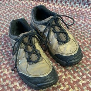 Nike Air Size 11 Work Shoes